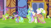 Princess Celestia's magic is ineffective S5E7