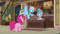 "Rainbow Dash ""was trying to save everypony"" S7E18"