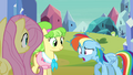 Rainbow Dash out of breath S03E12.png