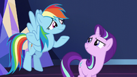 Rainbow Dash shrugging to Starlight S6E1