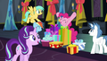Starlight sings and walks by Pinkie and Rainbow S6E8.png