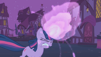 Twilight's magic gets stronger S1E06