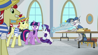 Twilight and Rarity see Flam enter S8E16