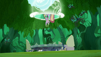 Twilight and Spike gets pulled by a portal S5E26