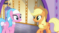 Aloe impressed with Applejack's work S6E10