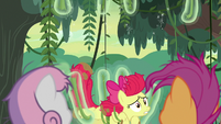 Apple Bloom falling out of the vines S9E22
