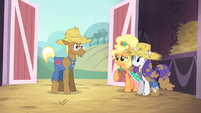 "Applejack ""you're a fine pony, but..."" S4E13"