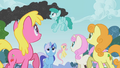 Ponies noticed the smoke S01E07.png