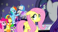 Rainbow Dash's right ear error S08E04