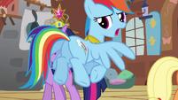 Rainbow Dash -we'll be outside- S03E10