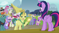 "Reporter Pony ""it doesn't seem believable"" S7E14.png"