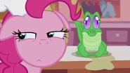 S05E08 Pinkie ze swoim pupilem