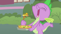 Spike eating the quiche S1E24