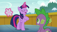 Twilight Sparkle --I'm an aunt!-- S6E1