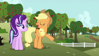 Applejack introduces Starlight to Big Mac S6E6