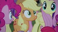 Applejack surprised close-up S5E24