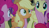 Applejack surprised close-up S5E24
