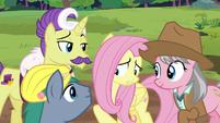 Expert ponies wait for Fluttershy's reaction S7E5