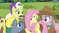 Expert ponies wait for Fluttershy's reaction S7E5
