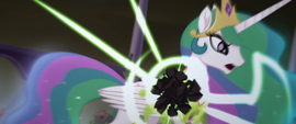 Obsidian sphere shatters on Celestia's body MLPTM