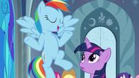 Rainbow Dash -makes perfect sense- S9E1