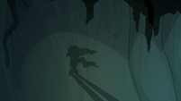 Shadow puppet of Mistmane walking away S7E16