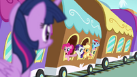 Twilight's friends waving goodbye S4E01