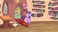 Twilight feels the impact S4E11