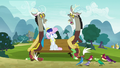 "Discord 2 ""well, I'm not talking to you!"" S7E12.png"