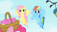 Rainbow Dash making an excuse S1E25