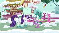 "Rarity ""going to adore her present"" MLPBGE"