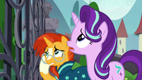 Starlight and Sunburst look up at the gate S8E8