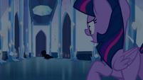 Twilight grita ''para! ladra!'' EG
