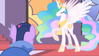 Twilight runs up to Celestia S01E26