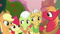 Apple-Pear family in a group hug S7E13.png