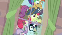 "Apple Bloom ""this pony really likes her apples"" S7E8"