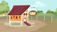 Chicken coop S4E13