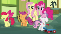 Cutie Mark Crusaders pretend to break up S8E12