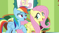 """Fluttershy and Rainbow """"everything that you've got"""" S6E11.png"""