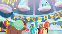 Rainbow Dash flies up to high window S9E15