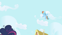 Rainbow Dash hovers over Twilight S1E01