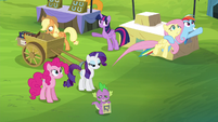 Rainbow flies off with Fluttershy S4E22
