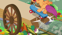 Scootaloo on the cart S3E6