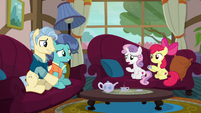 Sweetie Belle confused --unsettling--- S6E19
