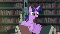 Twilight voando animada pela quantidade de livros 2 T4E03