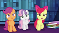 "Apple Bloom worried ""oh, no!"" S6E19.png"