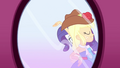 Applejack walking away SS1.png