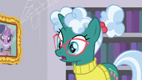 """Librarian Pony """"in the basement"""" S9E5"""
