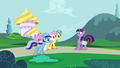 Minuette, Twinkleshine and Lemon Hearts invite Twilight S5E12.png