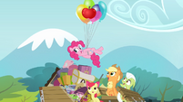 Pinkie Pie swimming in the air S4E09
